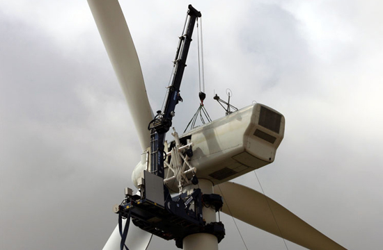 wind turbine maintenance crane